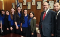 Senator Felder meets with Touro College Occupational Therapy students