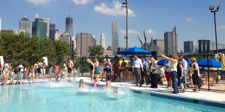 Senator Squadron Electeds Brooklyn Bridge Park Open New Pop Up Pool At Pier 2 Ny State Senate