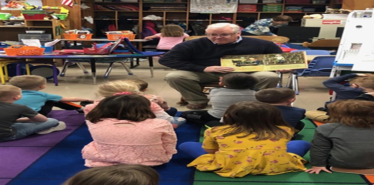 Senator O'Mara reads to students at the Gardner Road Elementary School earlier this year.