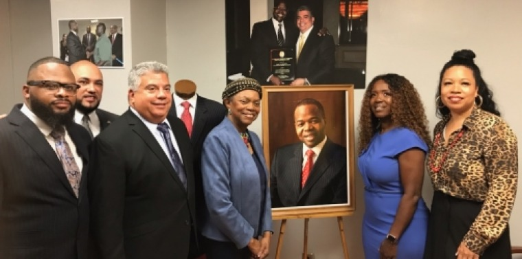 Senator Montgomery joins D.A. Gonzalez, Assemblywoman Richardson, 100 Suits for 100 Men and Lu-Shawn Thompson to celebrate the Grand Opening of the Kenneth P. Thompson Boutique.