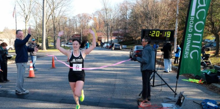 2017 Turkey Trot Kaitlyn DiBello topped the female division at 20:19.