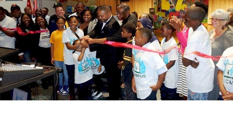 Senator Hamilton cuts the ribbon to launch The Campus.
