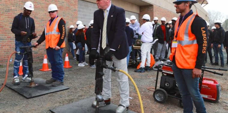 2018 Hudson Valley Construction Day Senator Murphy demos a jackhammer with members of Laborers Local 60.